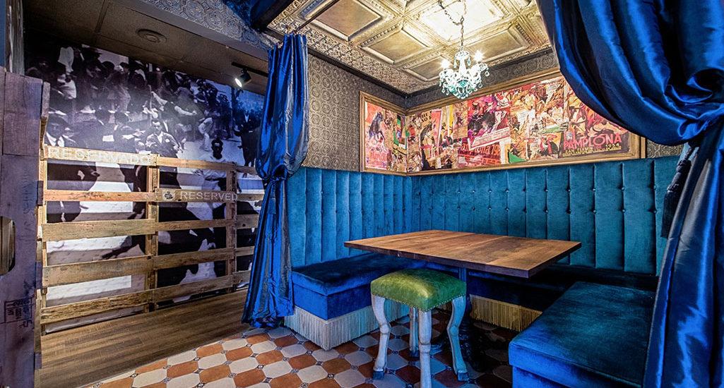 bar bao interior by dekree studios